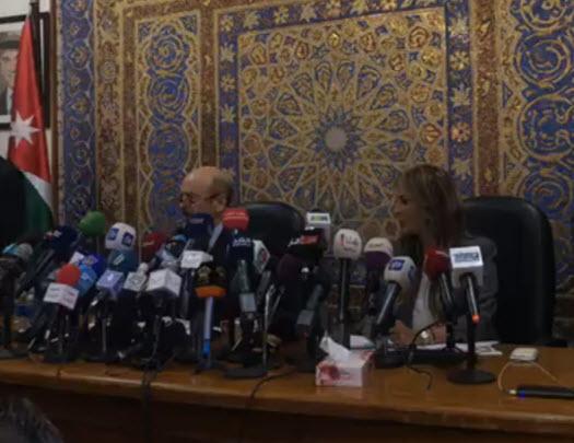 الرزاز في اول مؤتمر صحفي يطلق جملة من الوعود.. فيديو