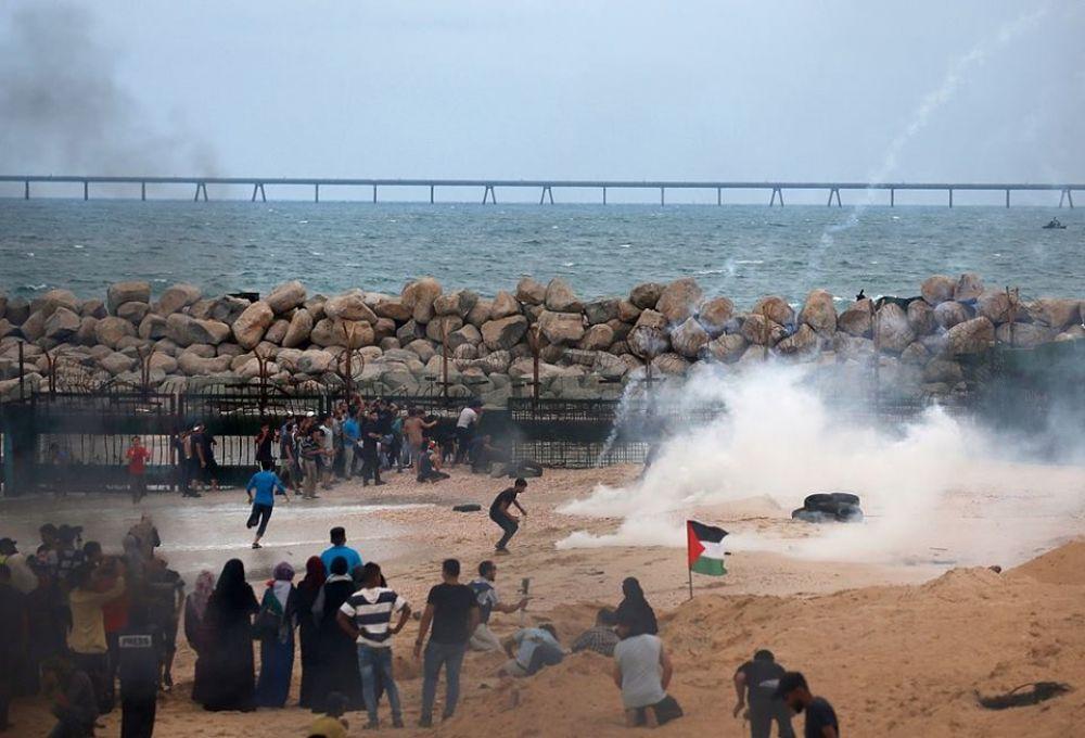 غزة.. إصابة 8 فلسطينيين برصاص الاحتلال في مسير بحري