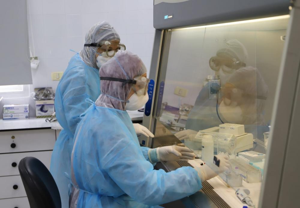 وفاتان و130 إصابة جديدة بفيروس كورونا بالضفة وغزة