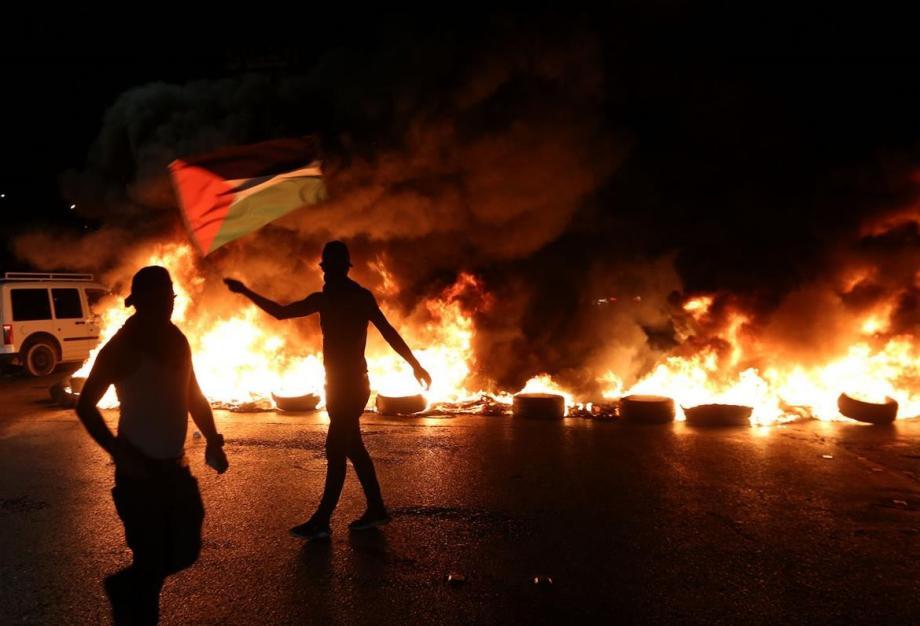 فلسطين .. إصابة 8 مواطنين برصاص الاحتلال و15 بالاختناق خلال مواجهات حوارة